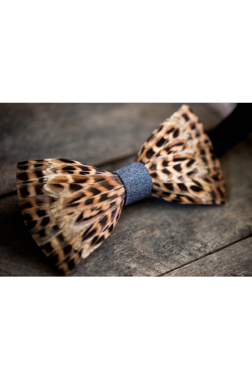LEVI FEATHER BRACKISH BOWTIES