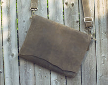 Chardonnay Messenger Bag -  The Leatherie