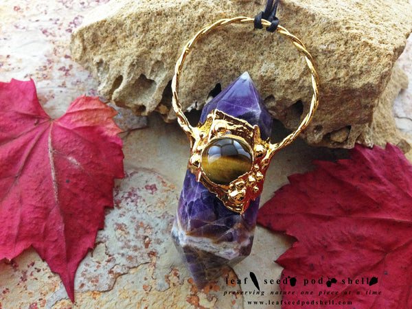 Amethyst Double Point Pendant - Gold - Cat No 232 - Leaf Seed Pod Shell - 1