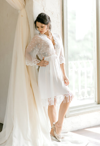 LACE BRIDAL ROBE for wedding day, boudoir photo shoot, over lingerie on your wedding night, wedding day robe, bridal photography shower gift
