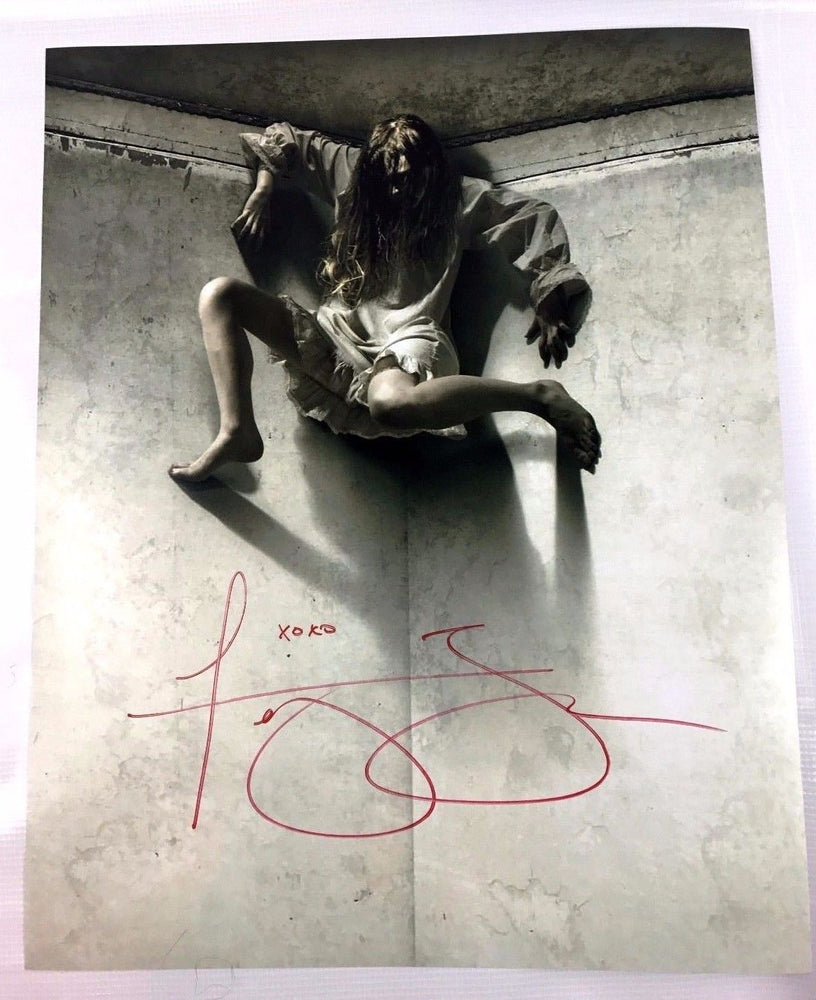 Ashley Bell The Last Exorcism 16x20 Photo Signed Autograph COA Proof 5