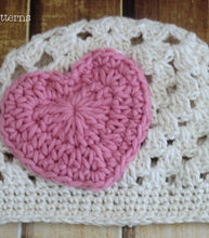 Load image into Gallery viewer, crochet pattern heart appliqué hat