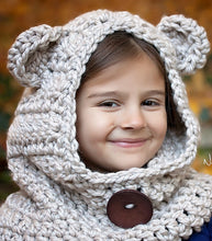 Load image into Gallery viewer, crochet pattern bear hood
