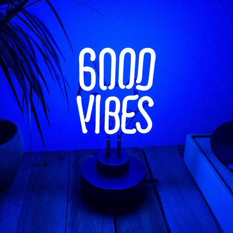 GOOD VIBES - Neon good vibes - Flamingueo