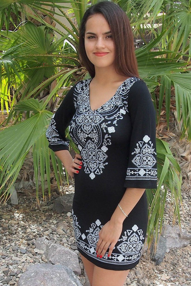 Be The One White And Black Printed Long Sleeve Shift Dress 1
