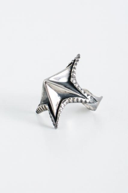 Spike Star Ring