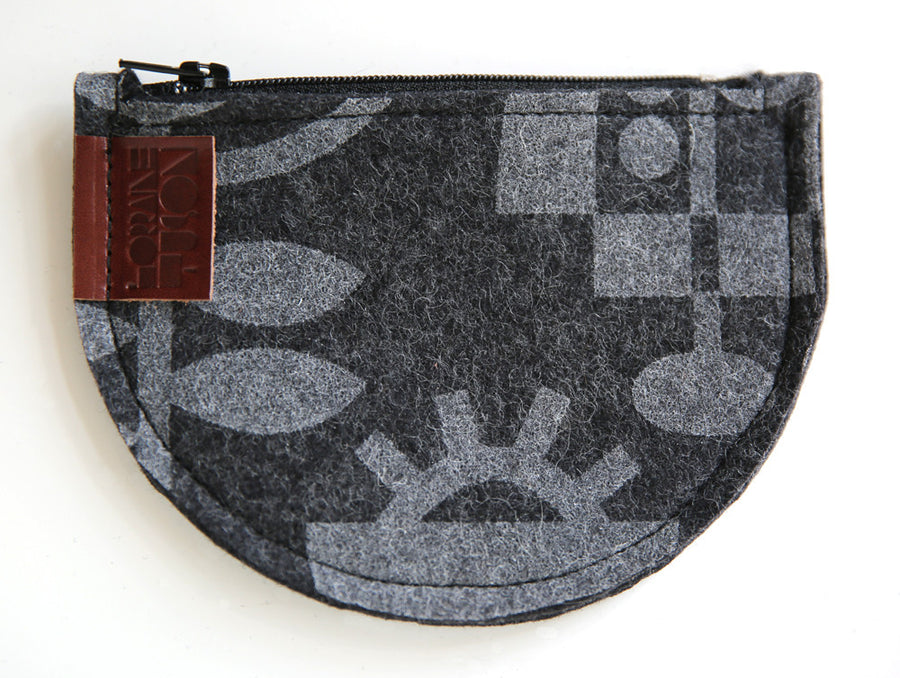 Living Laboratory Pouch