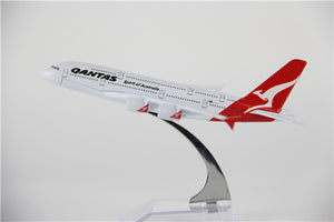 Qantas Airbus A380 Airplane Model (16CM)