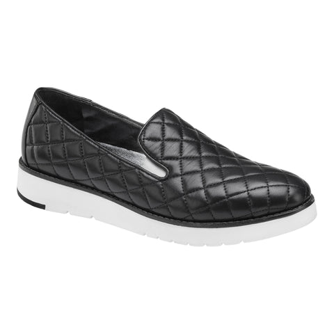 Portia slip-on in quilted black