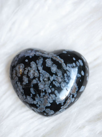 Snowflake Obsidian heart carving