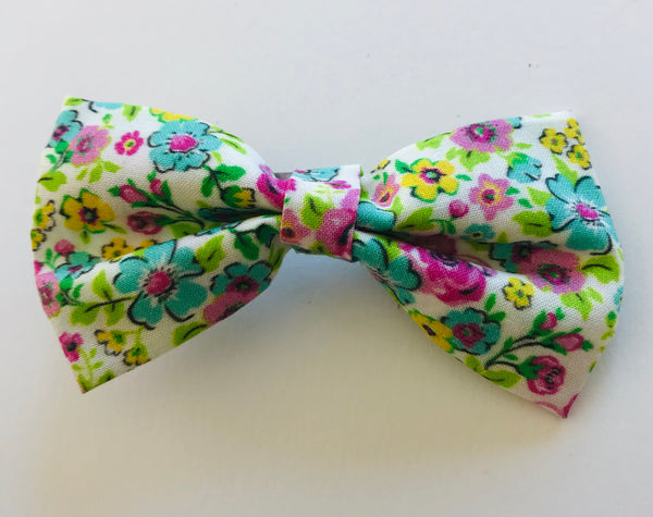 Pink Ditsy bow