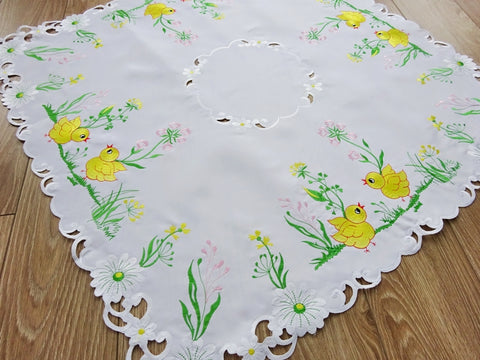 Square Easter Tablecloth with Chicks - 85 x 85cm - Amazing Curtains