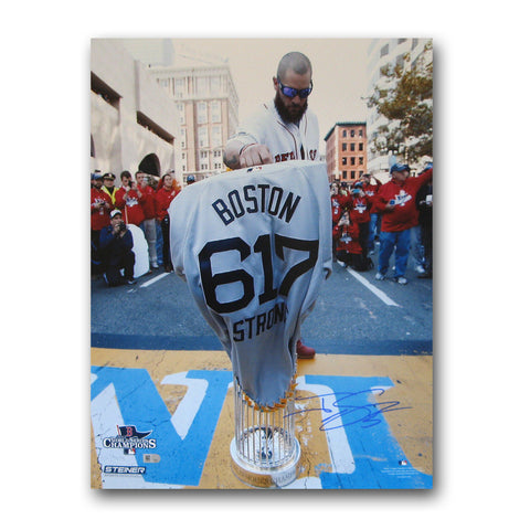 Autographed Jonny Gomes 16-by-20 inch unframed Boston Marathon finish line photo. - Peazz Toys