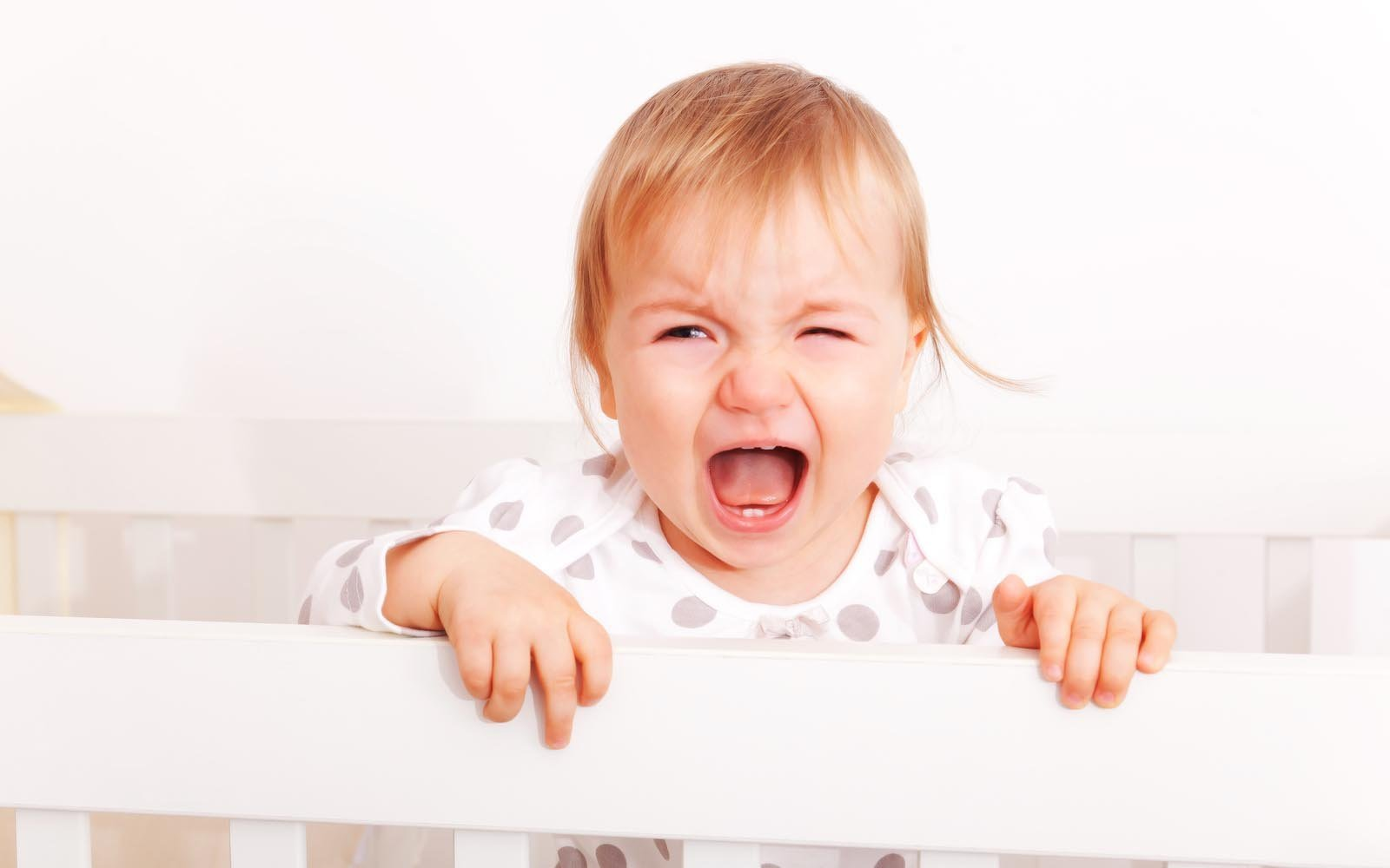 Reasons your baby's sleeping training isn't working