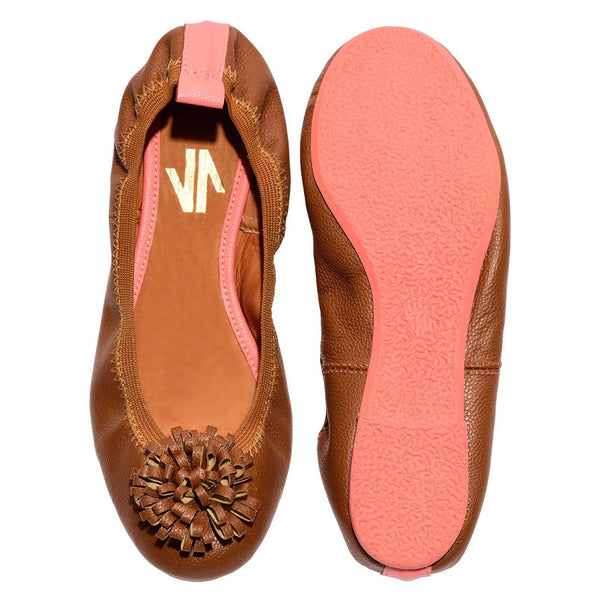 VIDALeather POM POM Scrunch Flexible Ballet Flat Slip On Leather Shoes for Women - Showmee