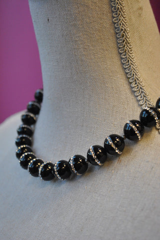 BLACK SPINEL AND SWAROVSKI CRYSTALS DOUBLE DELICATE KASHMERE NECKLACE