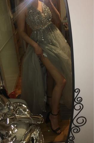 Very nice dress I received it very fast with dhl thank you