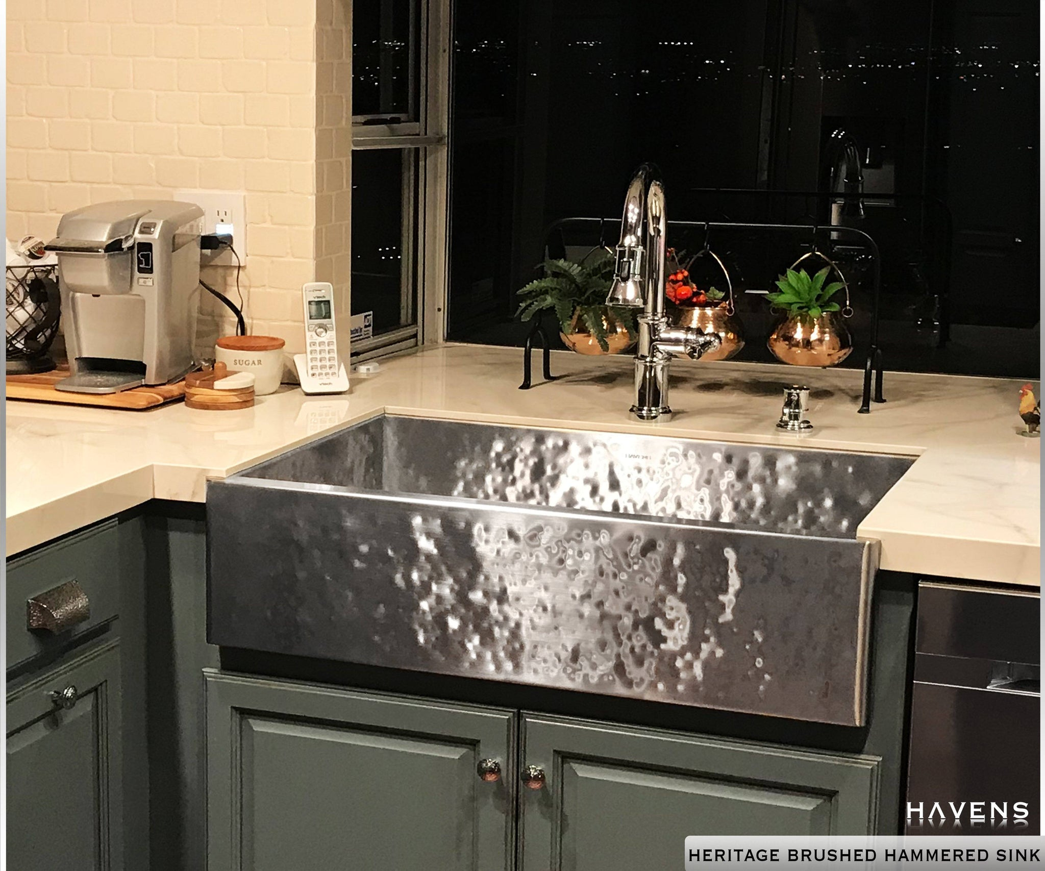 Heritage - Heritage Farmhouse Sink - Brushed Hammered Stainless