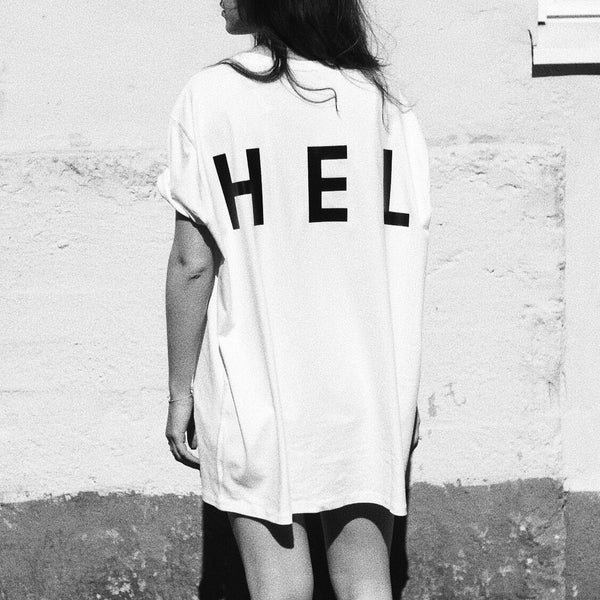 HEL N° 11 | White Tee | Oversized | 100% Organic Cotton