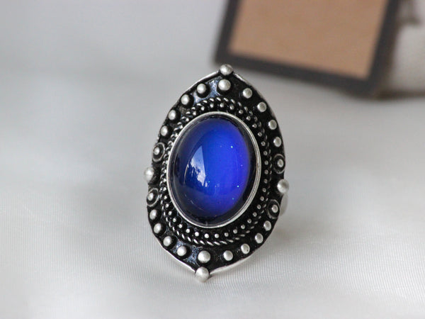 Antique Silver Plating Decorative Oval Stone Mood Ring