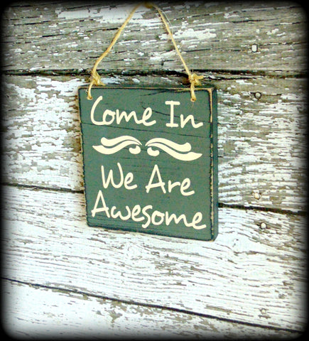 Housewarming Gift, Rustic Welcome Sign, Front Door Decor, Farmhouse Style, Distressed Wooden Sign