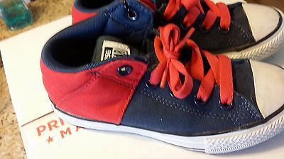 CONVERSE ALL STAR KIDS SIZE 13 MID TOP CHUCK TAYLORS RED BLACK