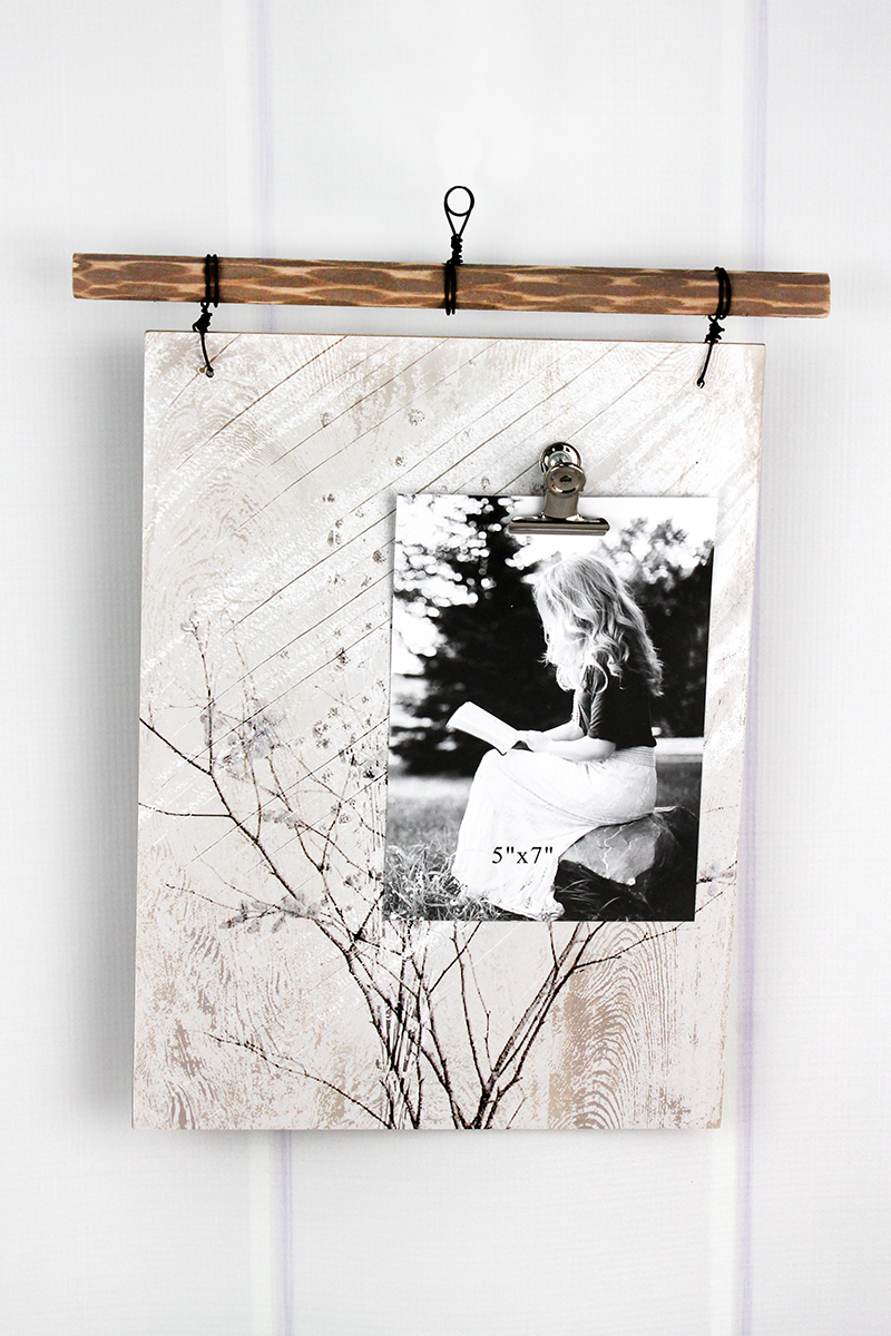 14 x 11.5 Floral Sprigs Wood 5x7 Photo Wall Display