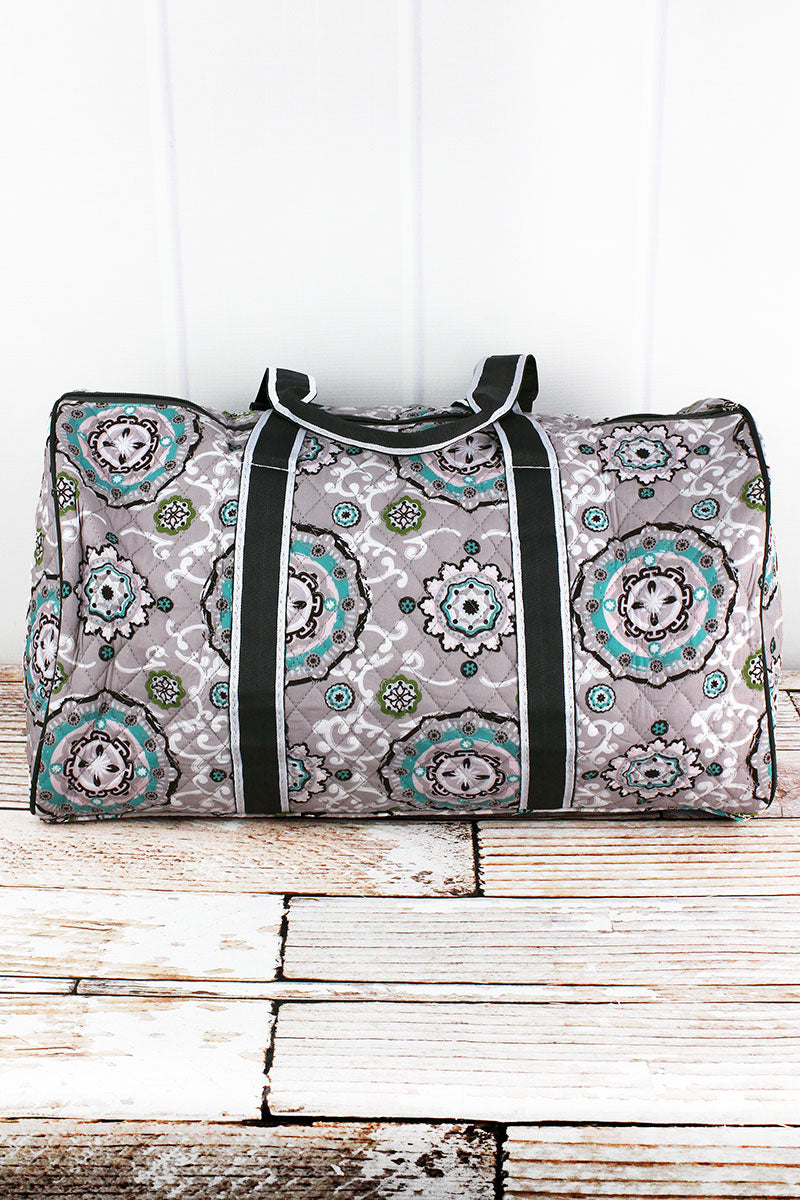 NGIL Garden View Quilted Duffle Bag 21""