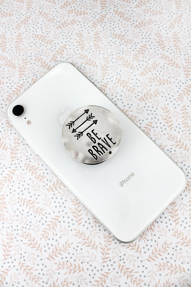 Burnished Silvertone 'Be Brave' Disk Cell Phone Grip Cover