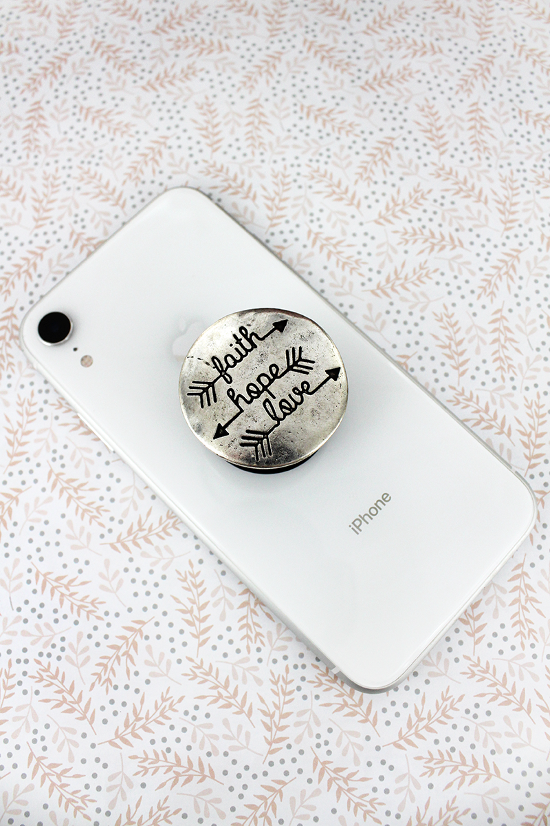 Burnished Silvertone 'Faith Hope Love' Disk Cell Phone Grip Cover