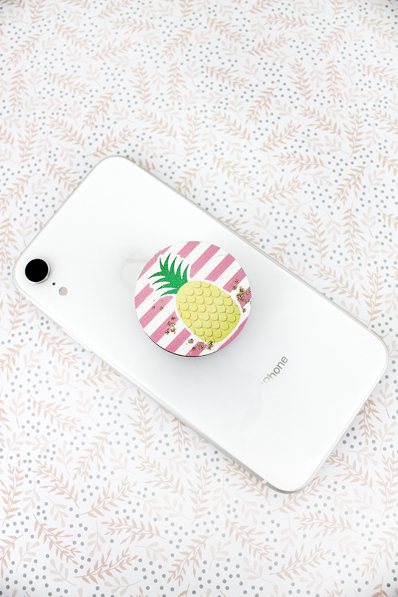 Glitter Pineapple Stripe Wood Disk Cell Phone Grip Cover