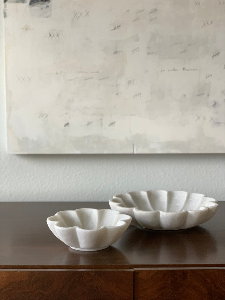 SCALLOPED MARBLE BOWL