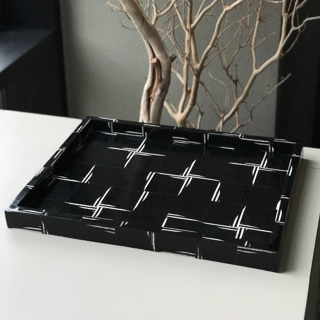 ETCHED RESIN TRAY