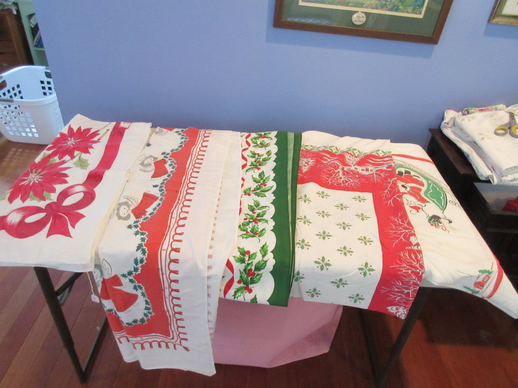 Christmas Cutter Lot BORDER Vintage Printed Tablecloth i6469 a2160