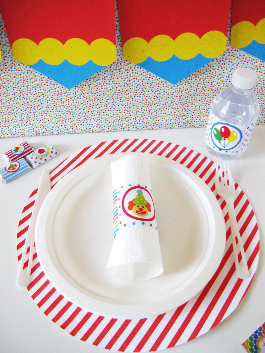 Circus-themed Placemats (8-pack, 100% Cotton Paper)