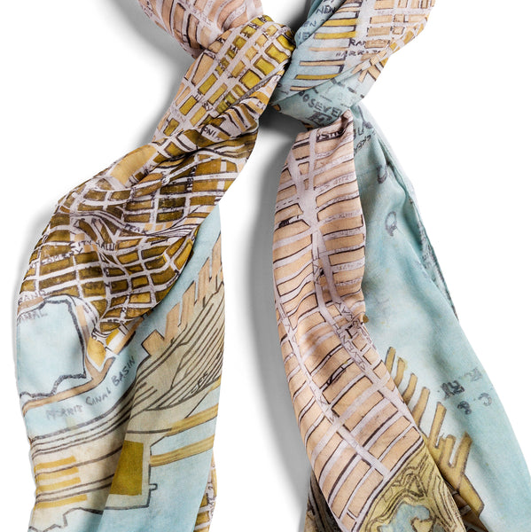 [gold manhattan]  [large oblong scarf]