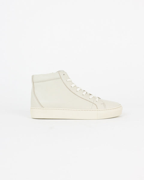 garment project_legend sneaker_offwhite_wmn_view_1_4