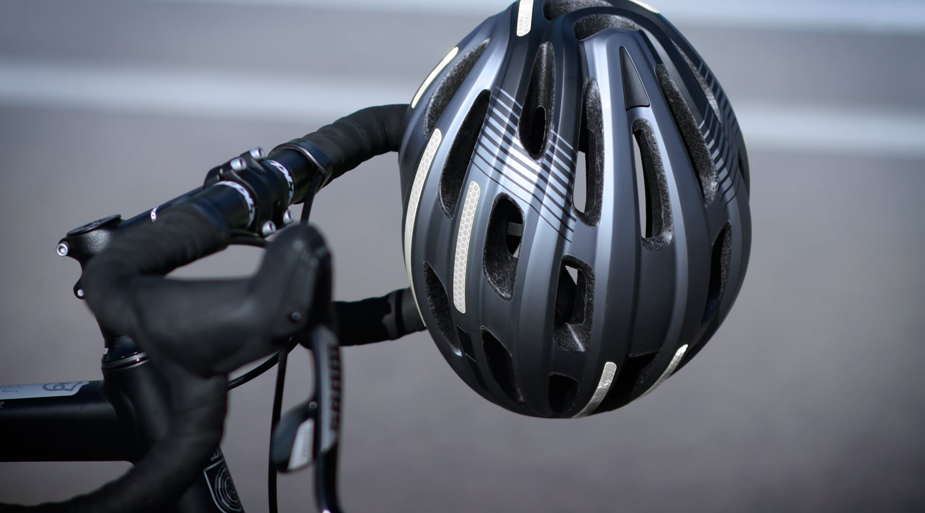 The best bicycle helmet looks like this!