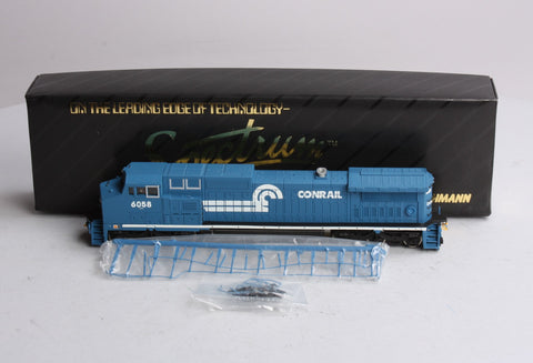 Spectrum 86008 HO Scale Conrail Dash 8-40CW Wide Cab Diesel Locomotive