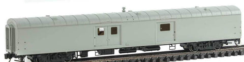 Rapido Trains 506062 N Undecorated 73' Express-Baggage Cars (End Doors)