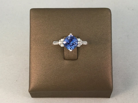 10KT TANZANITE AND DIAMOND RING