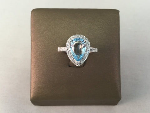 14KT AQUAMARINE AND DIAMOND RING