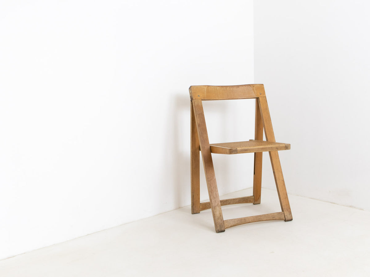 retro folding chair