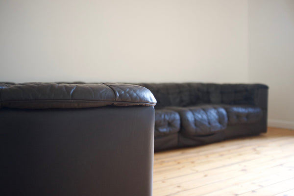 de Sede DS-11 black leather modular sofa