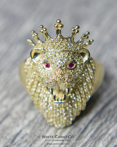 1.25 CT. Lion with Crown Diamond Men's Ring in 10K Gold