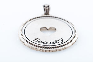 ARIA 'BEAUTY' PENDANT