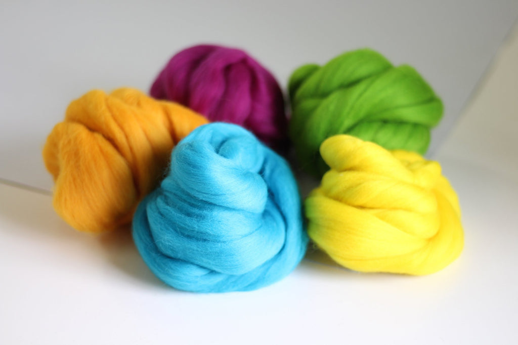 Summer Wool Bundle Contents