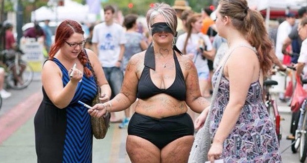 Mother Stripping in Public for Body Positive Image!