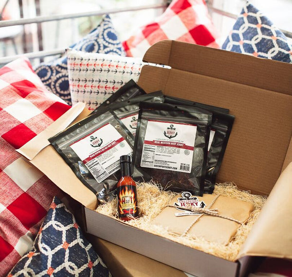 JERKY HOT BOX SUPREME w/6 Beef and Greenport Fire Hot Sauce. FREE SHIPPING SAVE $12.00