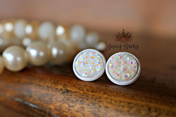 Dreamy White on White Drusys - Juicy Gemz